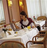 Austria Trend Hotel Albatros Vienna