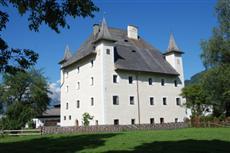 Bauernhof Schloss Saalhof Farmhouse Apartment Maishofen