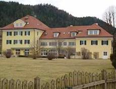 Dienstl Gut Hotel Sankt Georgen am Langsee
