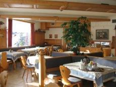 Hotel Pension Sonnenuhr Tauplitz
