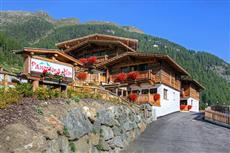 Panorama Alm Cottages Solden