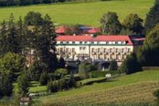 Pedros Hotel Kasten bei Boheimkirchen