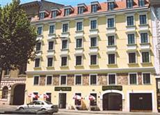 Suite Hotel 900m Zur Oper Vienna