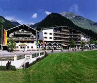 Wellness Familienhotel Alpenrose Elbigenalp